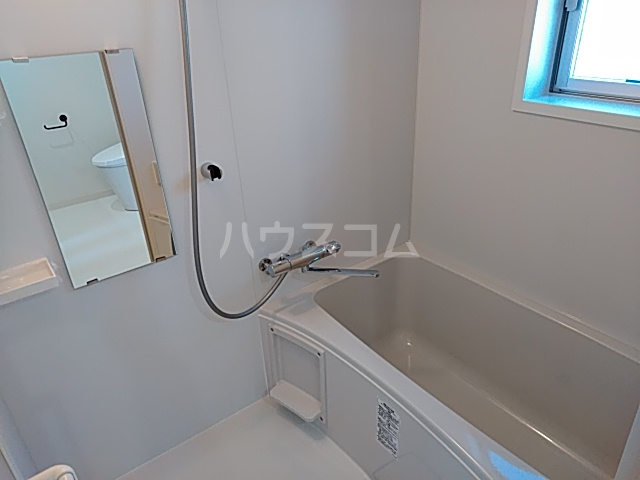 いろどりの杜 204号室の風呂
