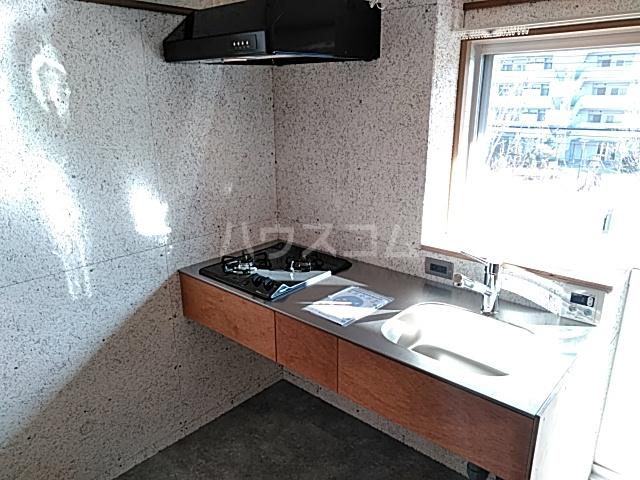 いろどりの杜 205号室のキッチン