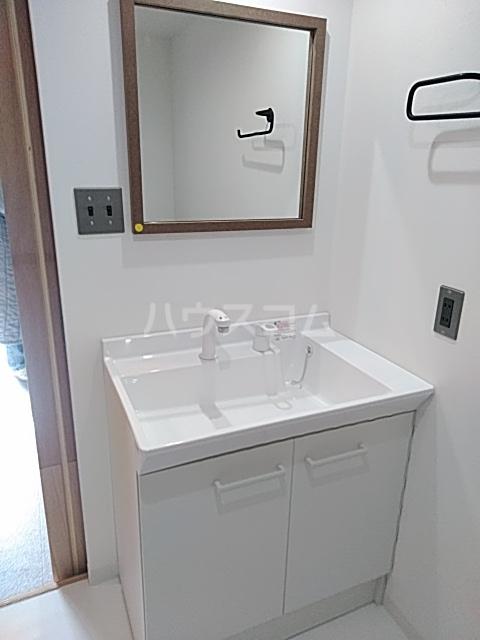いろどりの杜 309号室の洗面所