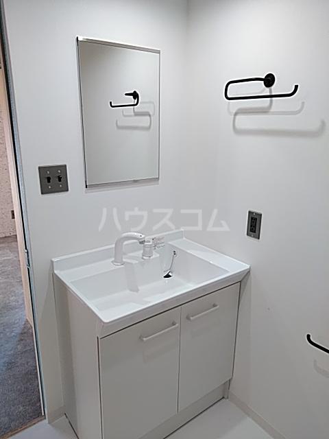 いろどりの杜 401号室の洗面所