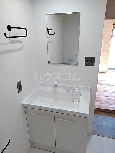 いろどりの杜 412号室の洗面所