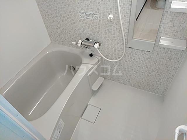 エルスタンザ綾瀬DEUX 103号室の風呂