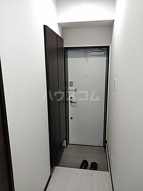 エルスタンザ綾瀬DEUX 104号室の玄関