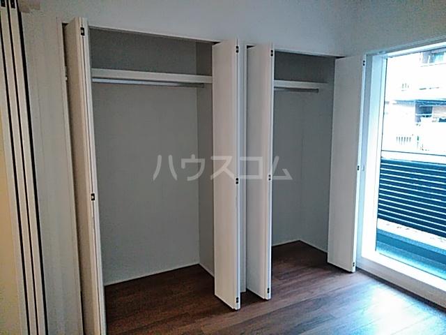 エルスタンザ綾瀬DEUX 203号室の収納