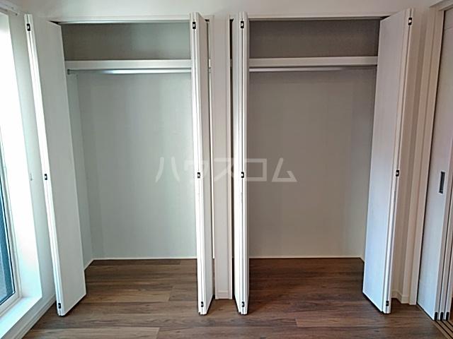 エルスタンザ綾瀬DEUX 204号室の玄関