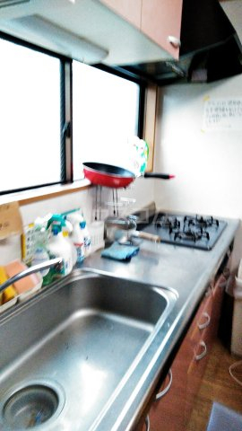 コミュニティハウス綾瀬 201号室のキッチン