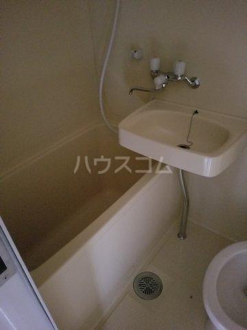 カーサビアンカ辰巳 5A号室の風呂