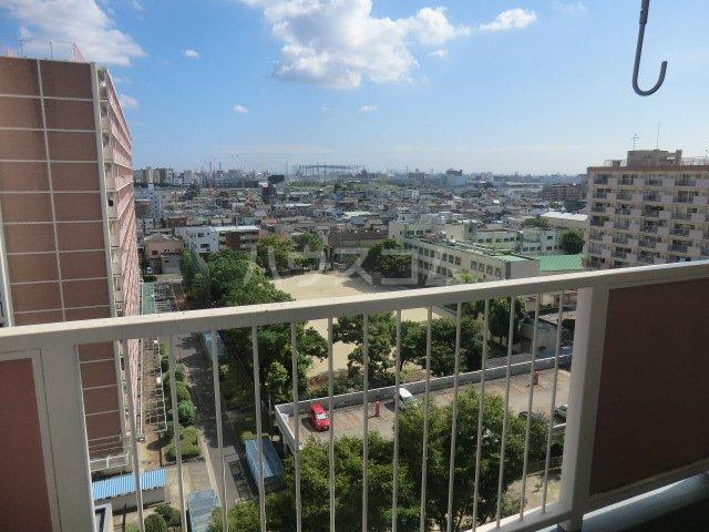 中駒九番団地 3号棟 1025号室の景色
