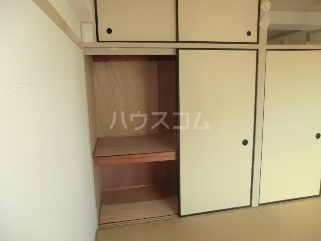 中駒九番団地 3号棟 1121号室の収納