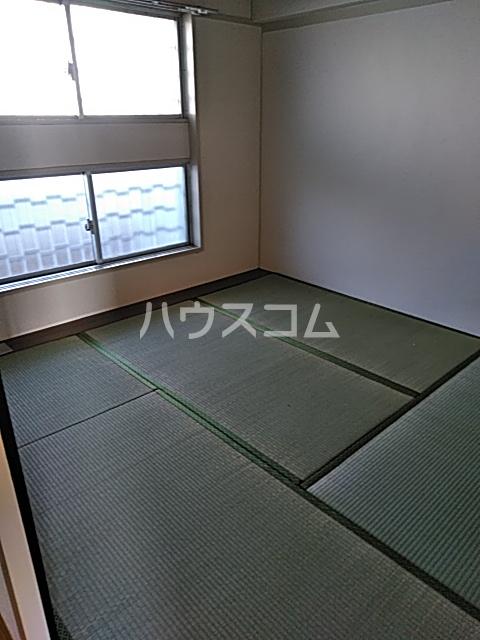 中駒九番団地 7号棟 1302号室のベッドルーム