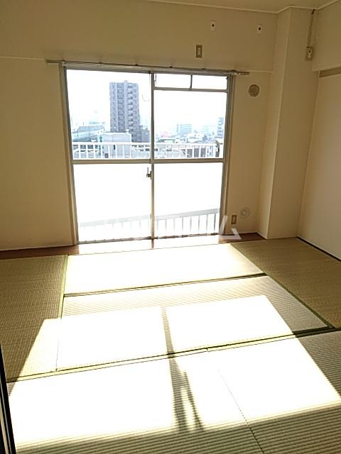 中駒九番団地 7号棟 1302号室の居室