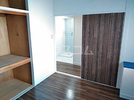 千代田グリーンハイツ 402号室の居室