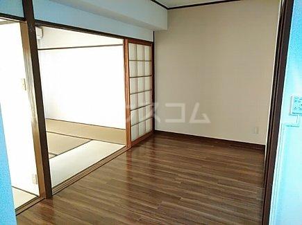 千代田グリーンハイツ 402号室の