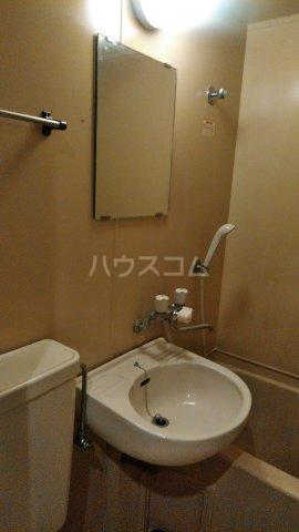 リバーサイド喜多山 202号室の洗面所