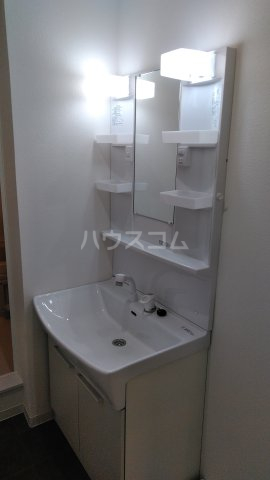 第2サンハイツ大森 102号室の洗面所