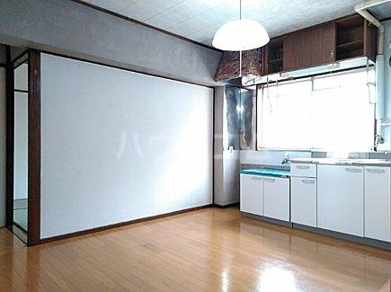 大森西住宅9号棟 103号室のリビング