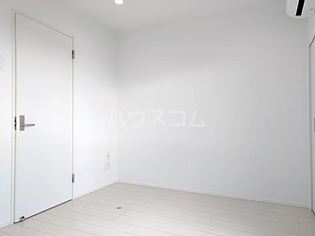 サンライズK 302号室のベッドルーム