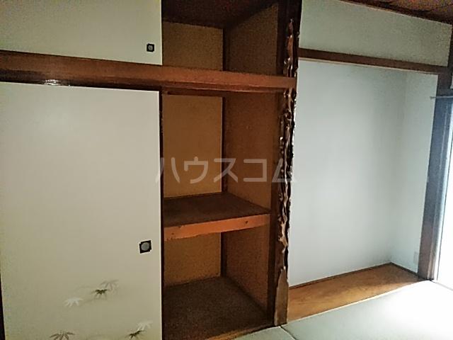 第一小川荘 10号室の収納