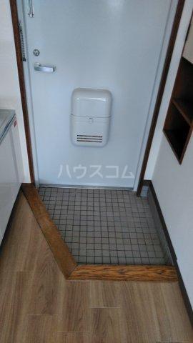 ロアール亀有 502号室の玄関