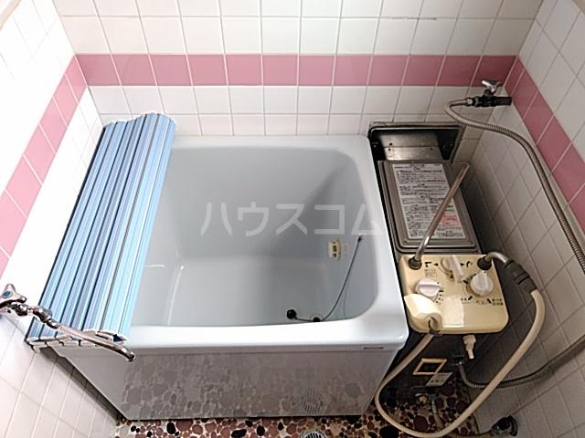 日設マンション 302号室の風呂
