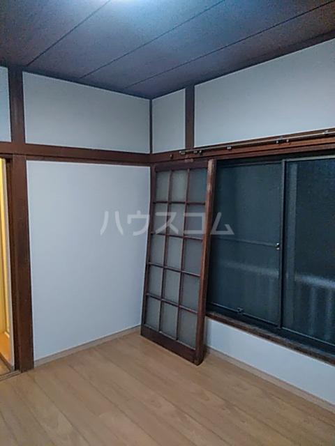 キングハイツ  202号室の居室