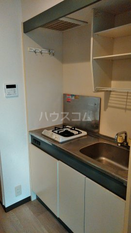 ハイバレー亀有 103号室のキッチン