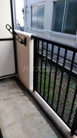 ハイバレー亀有 103号室のバルコニー