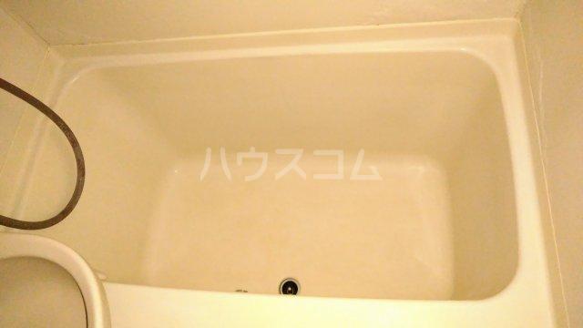 ジュノ 102号室の風呂