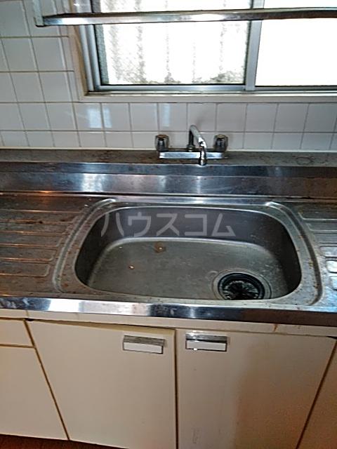 レジデンス西寺尾 405号室のキッチン