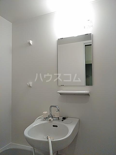 クオリティライフ慶 102号室の洗面所