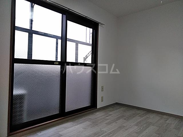 クオリティライフ慶 102号室の居室