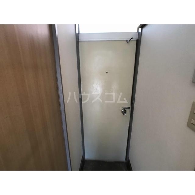 美鈴ハイツ 104号室の玄関
