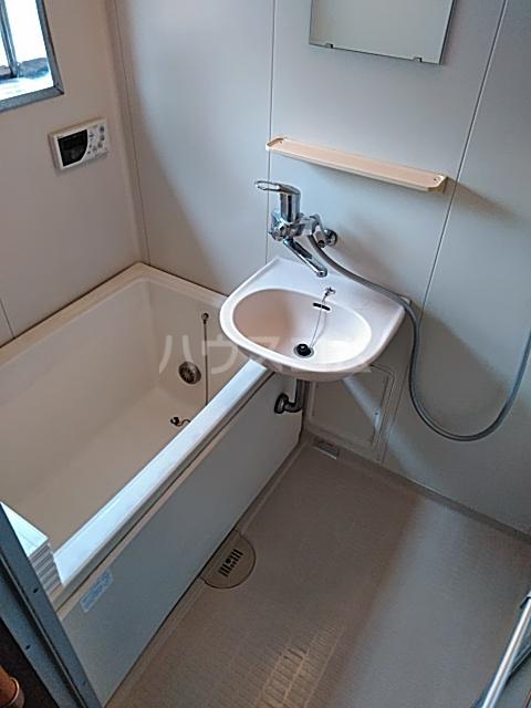 コーポタカノ 102号室の風呂
