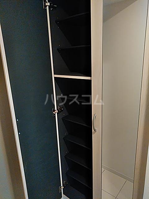 フェリシア浦和常盤 701号室の収納