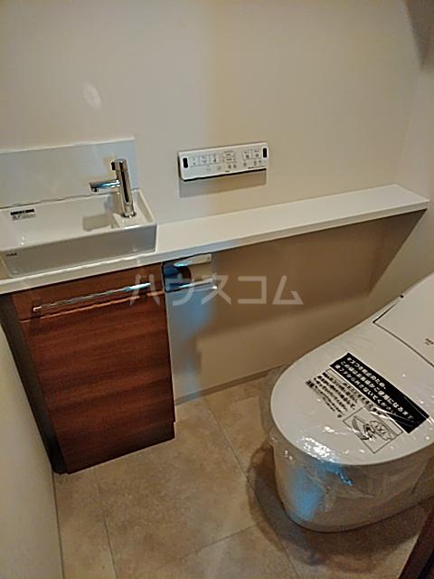 グランカーサ北浦和 101号室のトイレ