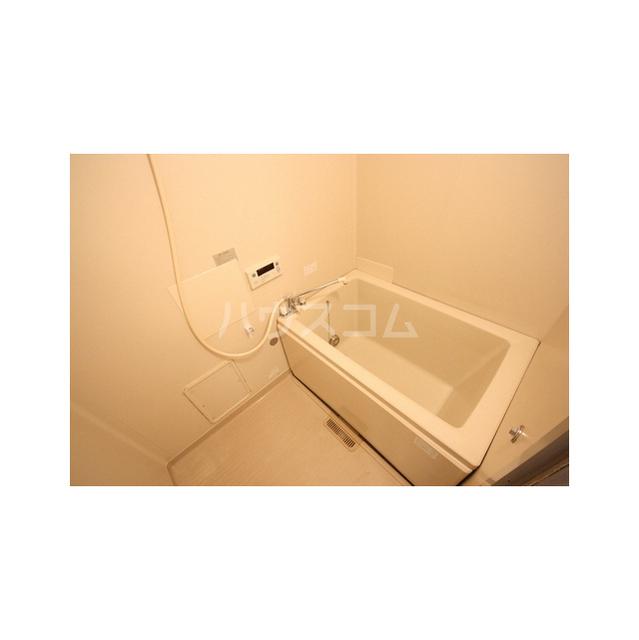 パークハイツ白鍬A 201号室の風呂