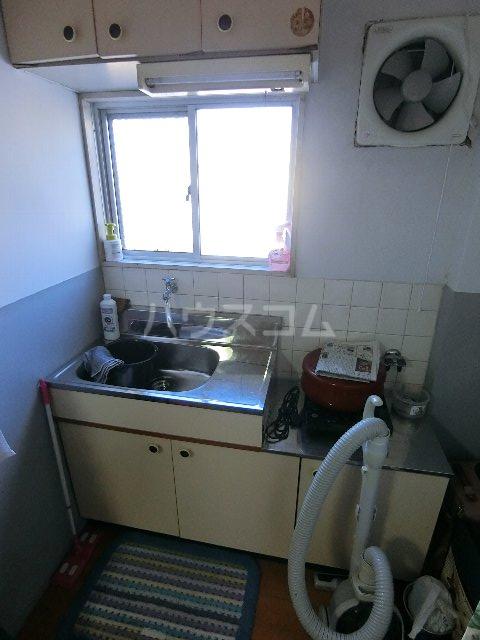 川口ビル 302号室のキッチン