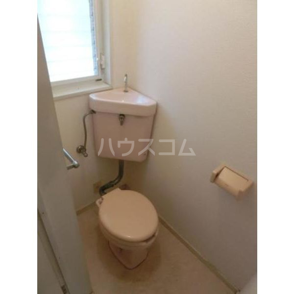 ウイング筥松 B105号室のトイレ