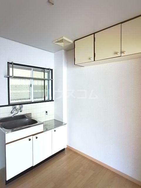コーポ昭南 107号室のキッチン