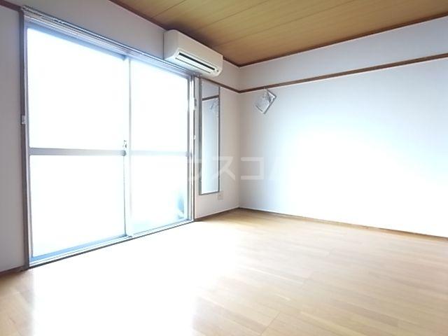 コーポ昭南 107号室のベッドルーム