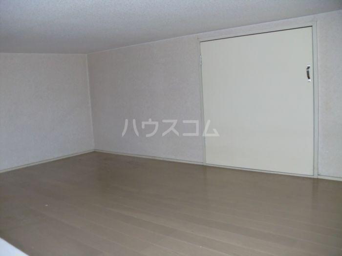 ネクス貝塚 103号室の収納
