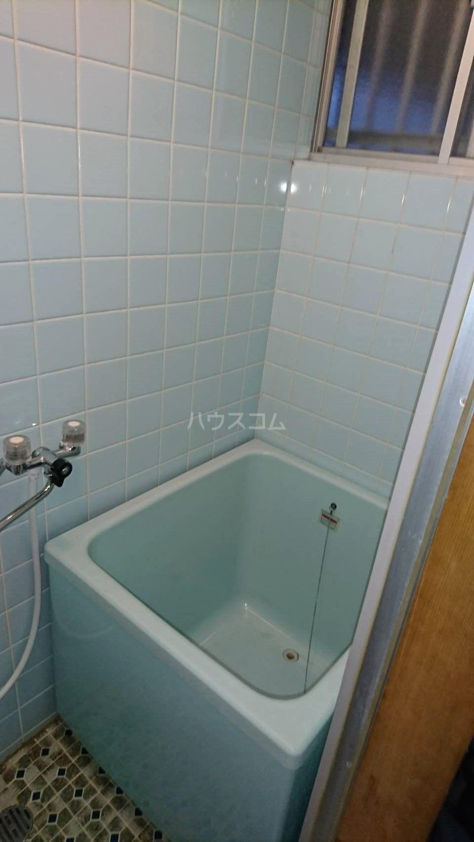 水谷コーポ 102号室の風呂