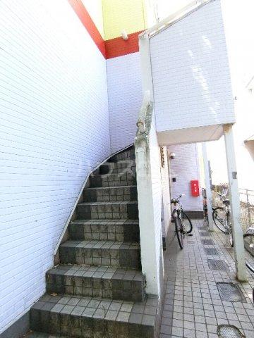 マキシム貝塚駅前 202号室のエントランス