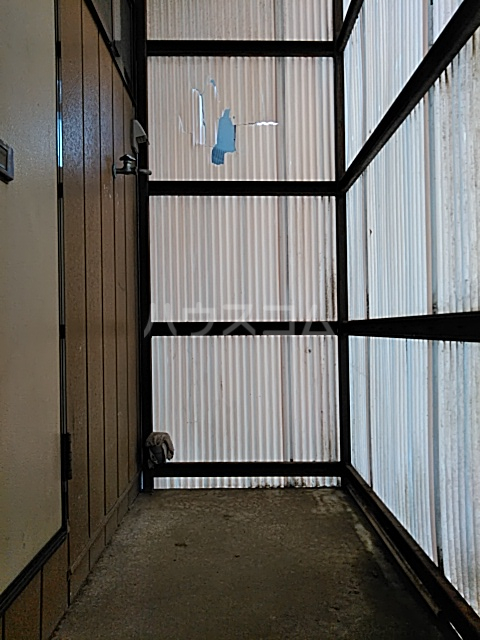 塩崎コーポ 201号室のその他