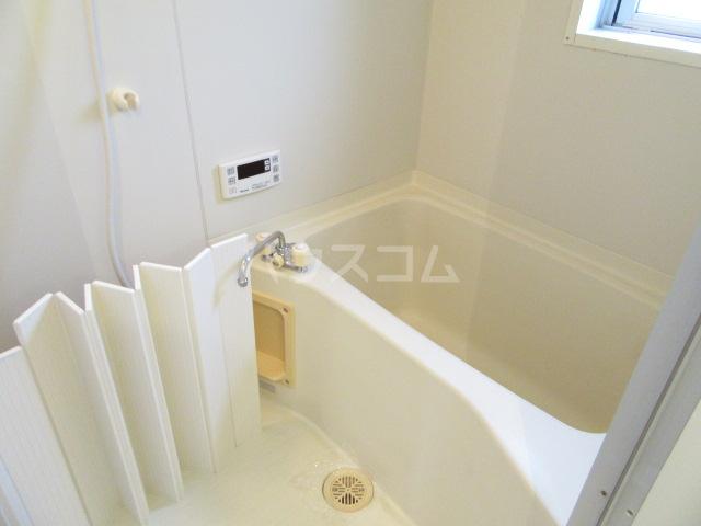 メゾン南風Ⅱ 101号室の風呂