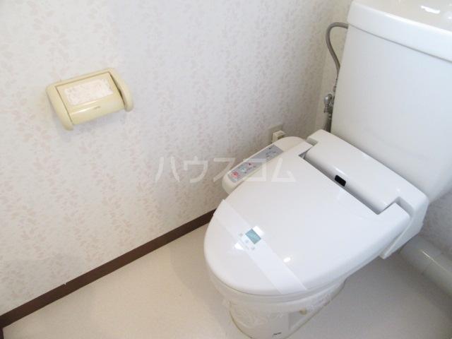 メゾン南風Ⅱ 101号室のトイレ