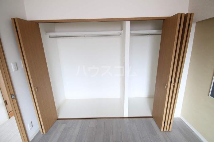 レジデンスHARUMI 305号室の収納