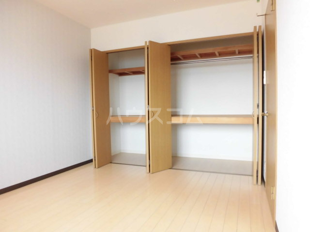レジデンスHARUMI 403号室のベッドルーム