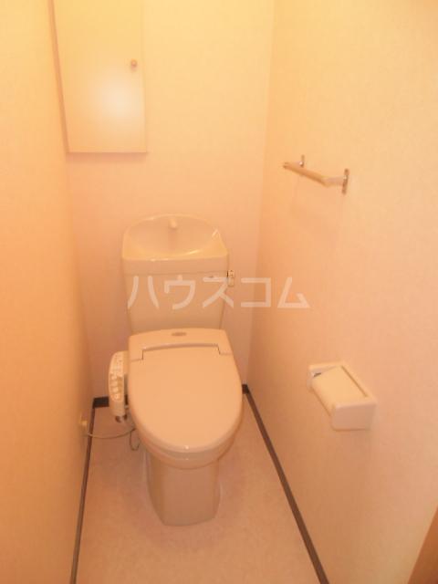 梅の里Ⅱ 105号室のトイレ