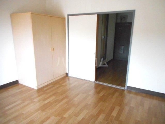 グリーンベル 202号室のベッドルーム
